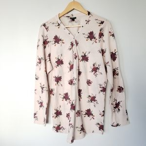 Torrid Thermal Henley Top Cream/Floral (Size 3)